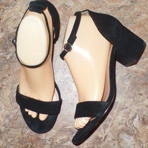 GAP Black Strappy Sandle Chunky Heel Ankle Strap 8